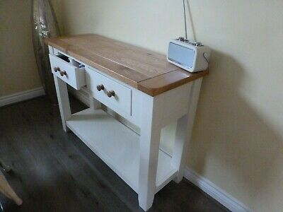 Lovely wooden console table in oak and painted cream