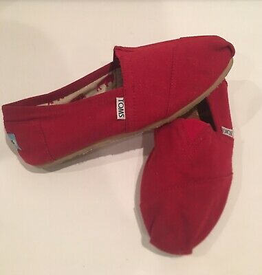 Women's Red Canvas Slip On Classic Toms Size 7