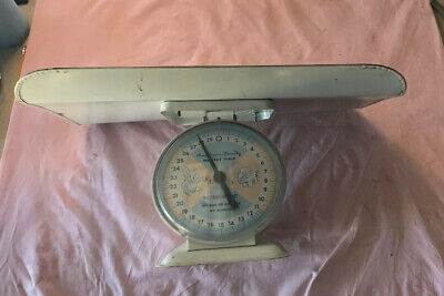 VTG  American Family Nursery Scale Baby up to 30 LBS large tray