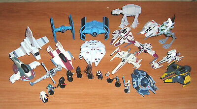 16 Star Wars Micro Vehicles & 10 Figures 2005 Hasbro Slightly Used