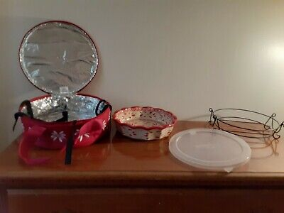 Temp-tations Old World Pie Plate with tote.