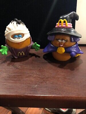 1992 McDonalds HALLOWEEN Happy Meal Chicken McNugget Nugget Witch & MumCharacter