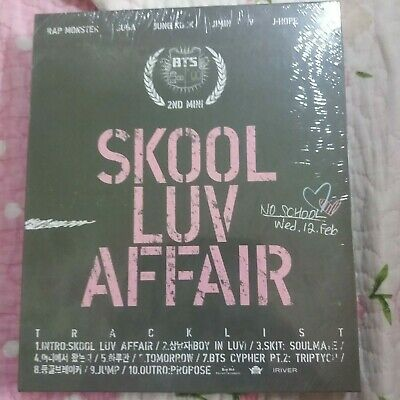 (NEW + SEALED) BTS Skool Luv Affair 2nd Mini Album CD & 115p booklet & photocard