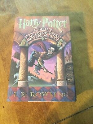 1998 - Harry Potter and the Sorcerer's Stone, 1st American Edition Book HC