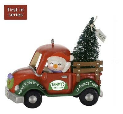 2019 Hallmark Keepsake New Series HOLIDAY PARADE 1st in Series Ornament