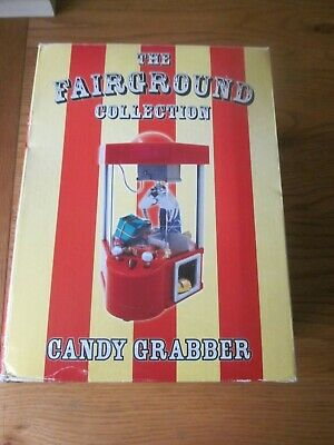 THE FAIRGROUND COLLECTION -ARCADE CANDY GRABBER MACHINE TOY - new