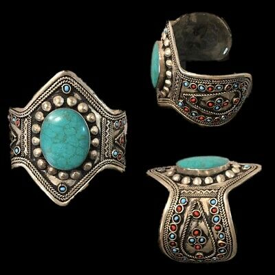 Ancient Silver Decorative Gandhara Bedouin Torc With Green Stone 300 B.C. (3)
