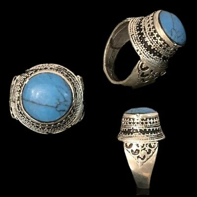 Stunning Top Quality Post Medieval Silver Ring With A Blue Stone (9)