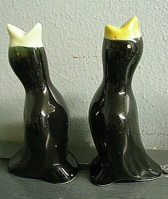 Vintage Lot 2 Ceramic Pottery Figurine Black Pie Bird Funnel Vent Yellow Beak