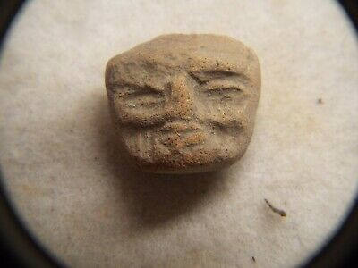 RARE Pre Columbian  500AD TO 1000AD CLAY  FIGURE HEAD LOT #16