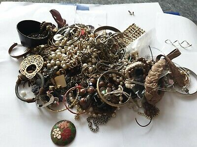Modern and Vintage Job Lot of Costume Jewellery Components Mixed Beads/ Findings