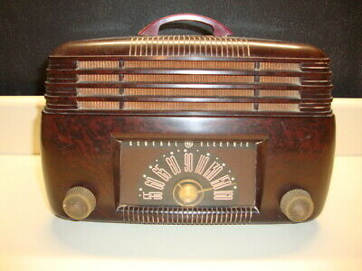 Vintage 1946 General Electric Bakelite Tube Radio Model 100