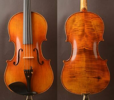 "Best model !A Strad model T20 Viola 16.5""  deep open warm tone"