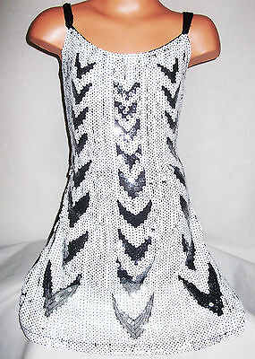GIRLS BLACK WHITE CHEVRON PATTERN SPARKLY SEQUIN DANCE PARTY DRESS age 5-6