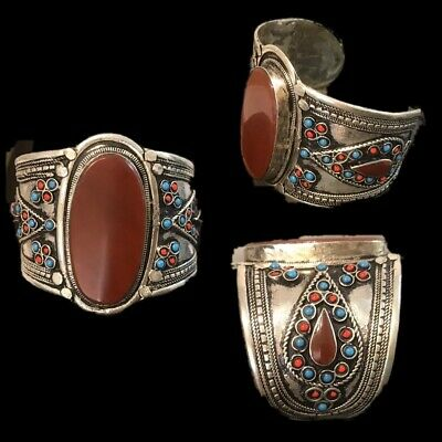 Ancient Silver Decorative Gandhara Bedouin Torc With Carnelian Stone 300 B.C.(2)