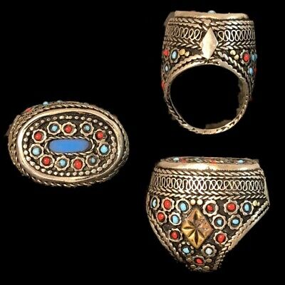Ancient Silver Decorative Gandhara Bedouin Ring With Mixed Stone 300 B.C