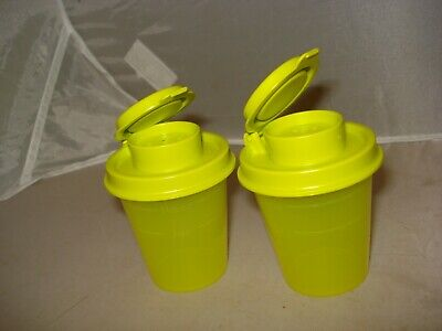 NEW Tupperware Midget SALT & PEPPER Shakers~Rare Color~Lime Green~2 oz capacity