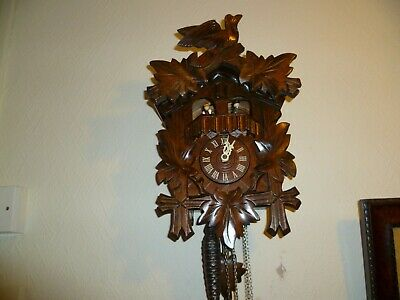 Triple Weight, Musical Cuckoo Clock, Made in Germany. Excellent Condition.
