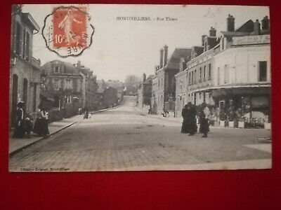 CPA 76 MONTIVILLIERS - Rue Thiers