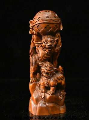 18CM Old Chinese Boxwood Wood Hand-Carved Two Foo Fu Dog Lion play Ball Statue