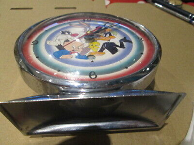 warner brothers characters clock bugs bunny daffty duck ect