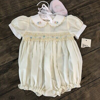 NWT Carriage Boutiques Baby Girls 6 Months Smocked Bubble One Piece Shoe Set