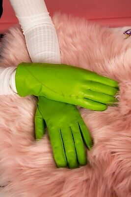 Vintage style apple green stitched leather gloves size 8 by Neli