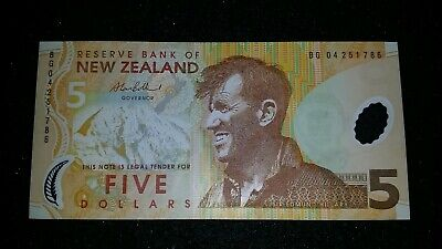 $5.00 Five Dollars New Zealand  Banknote   Nz Note    # 103