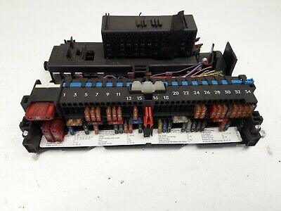 98-05 Bmw E46 2004 2.0 D Interior Power Distribution Fuse Box Module 8364542