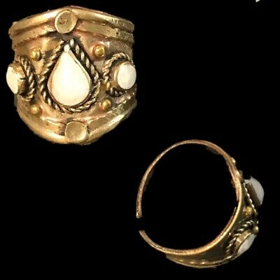 Ancient Silver Decorative Gandhara Bedouin Ring With White Stone 300 B.C (3)