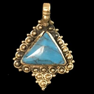 Ancient Silver Decorative Gandhara Bedouin Pendant With Blue Stone 300 BC (7)
