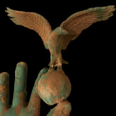 Rare Ancient Roman Bronze Life Size Hand With Eagle - 200-400 Ad (1)