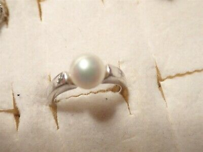 Grandmas Estate 925 Sterling Silver Real Pearl Ring