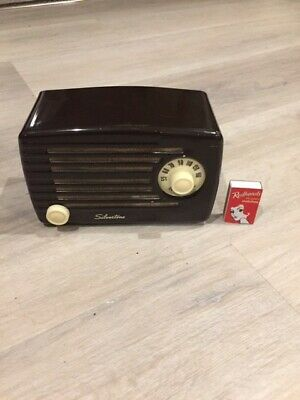 Silvertone Metal Cabinet AA-4 Radio (115V) - Working & Great Condition