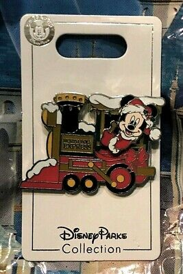Disney 2019 Mickey on North Pole Express Train 3D Christmas Pin New on Card