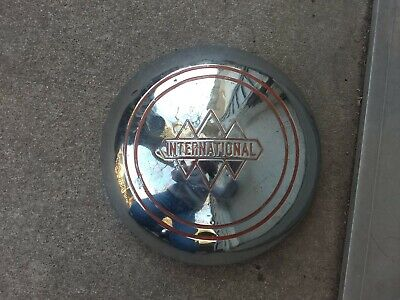 1950's International Harvester R series, S Series truck Hubcap