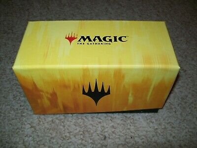 MTG Magic the Gathering Yellow Storage Box with over 1000 common /uncommon cards