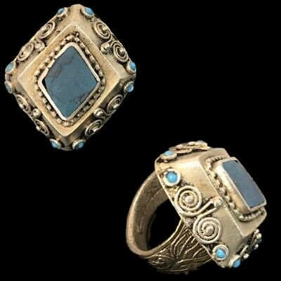 Ancient Silver Decorative Gandhara Bedouin Ring With Blue Stone  (3)