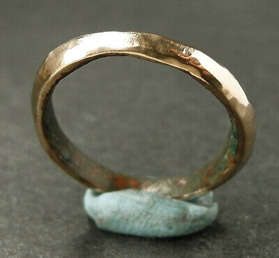 A genuine ancient Celtic/Bronze-Age bronze ring - wearable UK find