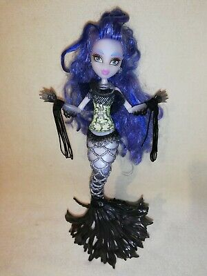 Monster High Sirena Von Boo. GHOSTLY PRESENCE!