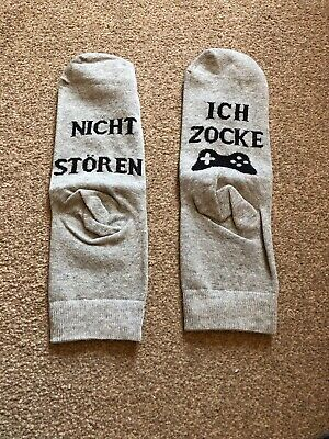 Do Not Disturb Im Gaming Socks Grey Ages 10-14 In German New & Sealed Free P&P