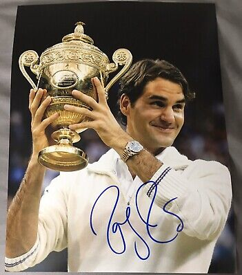 ROGER FEDERER WIMBLEDON CHAMPION TROPHY SIGNED AUTOGRAPH 11x14 TENNIS PHOTO COA