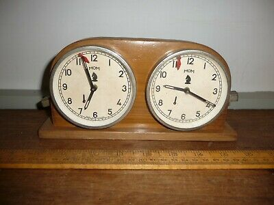 Vintage Mom Chess Clock. Chess clock with MOM Clocks .22cm long wood case .