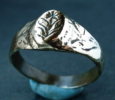 Genuine ancient Tudor bronze ring with flower engraved bezel - wearable
