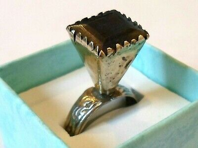 LUXURY GIFT,DETECTOR FIND&POLISHED,POST MEDIEVAL SILVER RING W/REAL 7ct SAPPHIRE