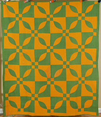 """DAZZLING Vintage 1860's Cheddar Orange and Green """"Endless Chain"""" Antique Quilt!"""