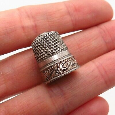 Antique Victorian 925 Sterling Silver Two Tone Etched Collectible Sewing Thimble
