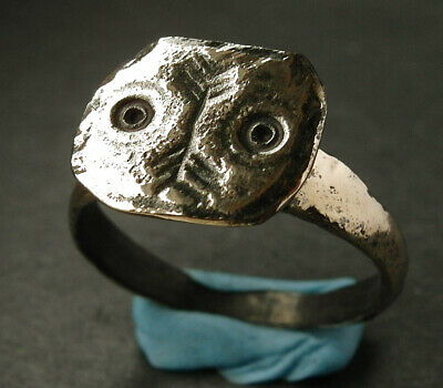 Interesting genuine ancient Viking bronze ring. Found nr Scarborough