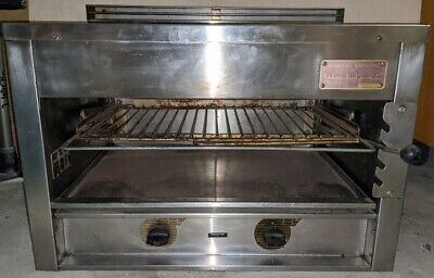 Waldorf Commercial NGas 2 Burner Toaster Salamander Grill Sold As Is No Reserve