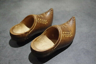 art deco French QUIMPER BRETON Carved Wooden WOOD  pair shoe sabot clog for doll